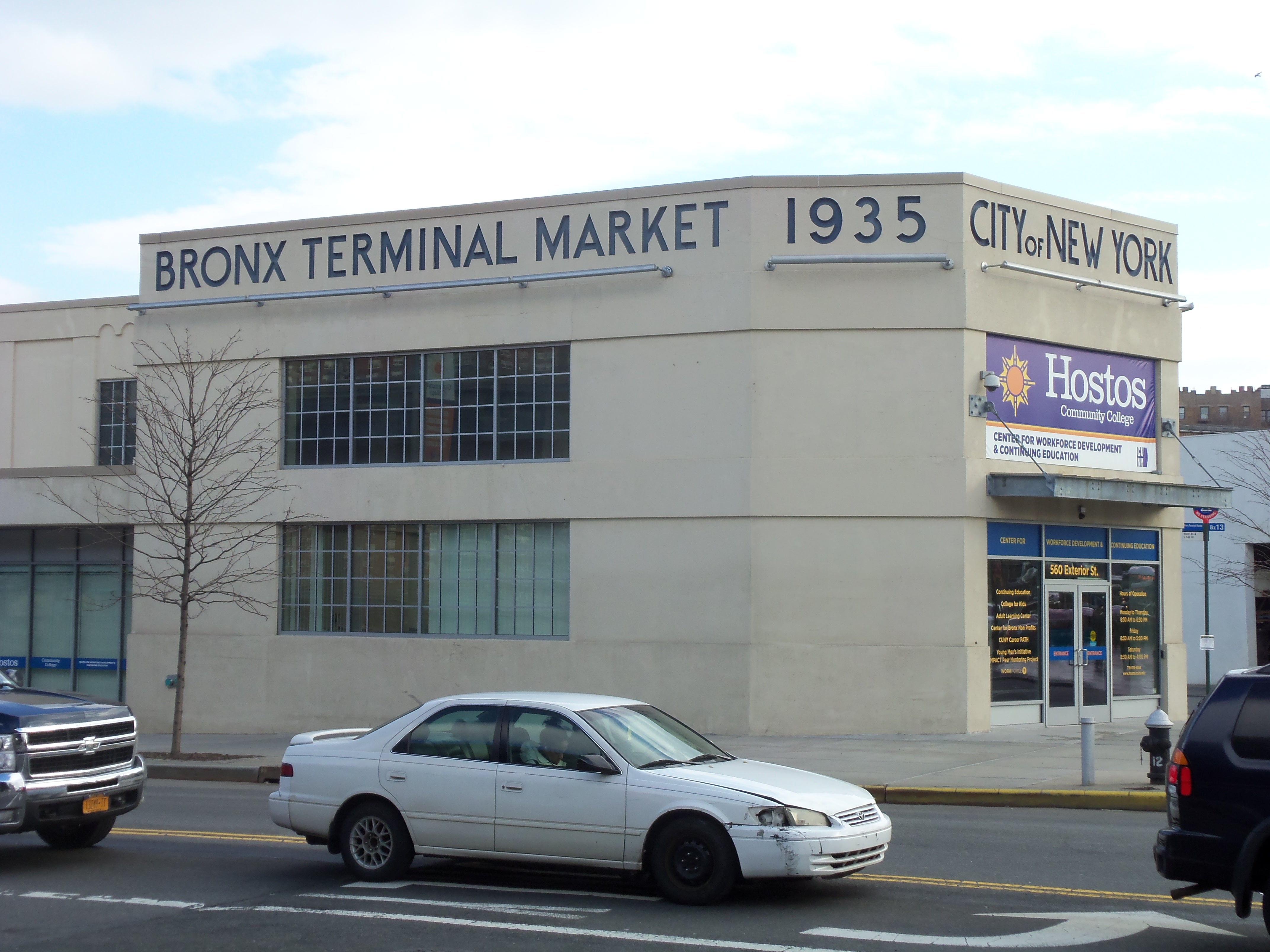 Bronx Terminal Market, now the big-box store Gateway Center