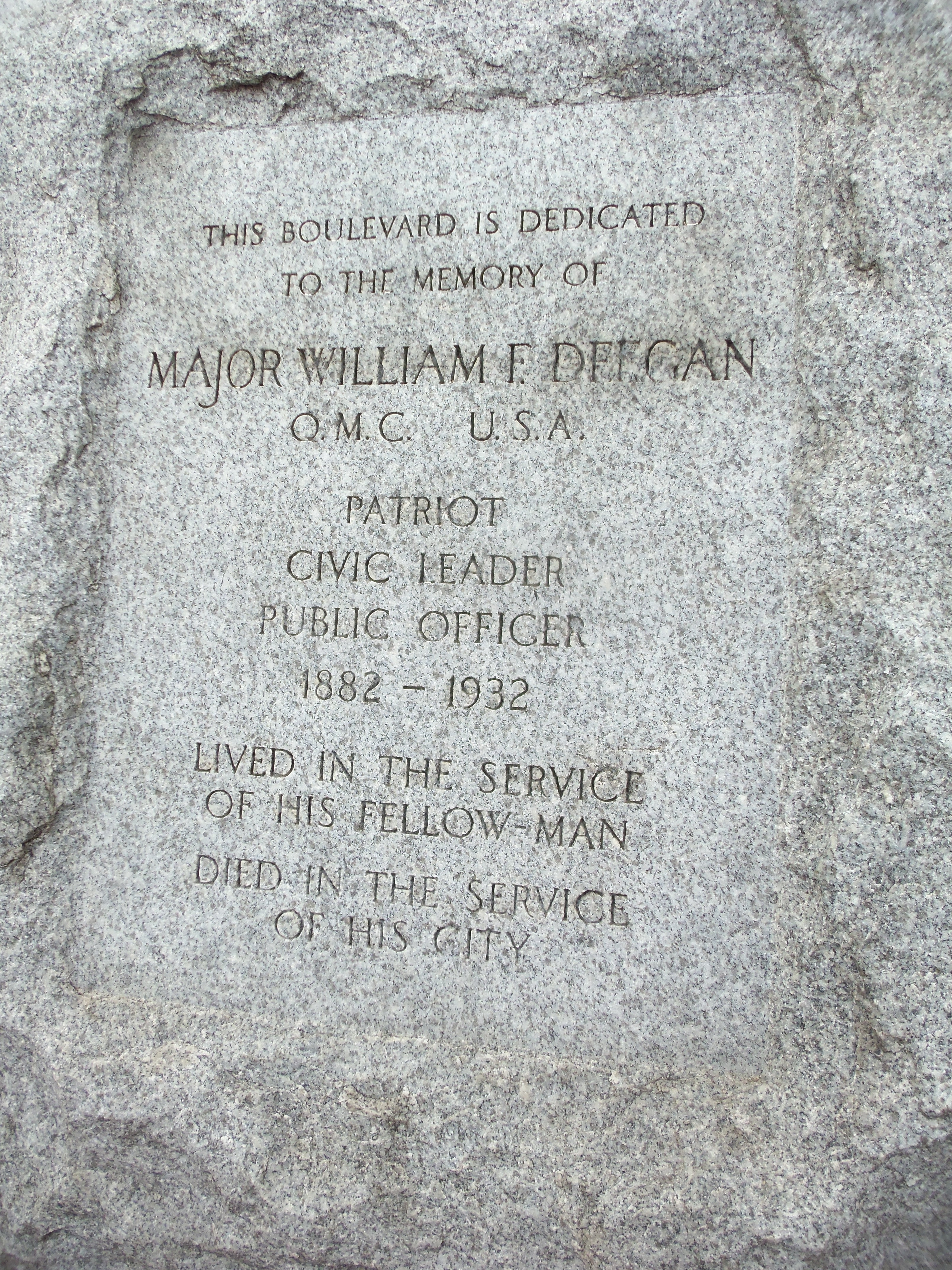 Monument to Major Deegan, who died in service to his city