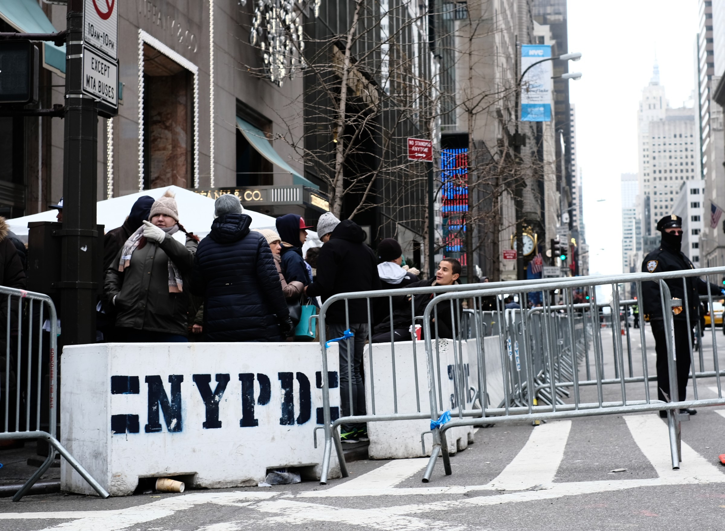 NYPD crowd control at Trump Tower