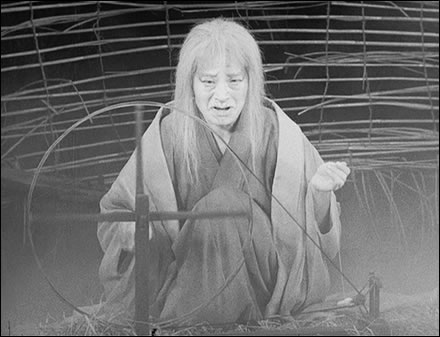 Throne of Blood, Kurosawa's 1957 film version of Macbeth, a review and  commentary