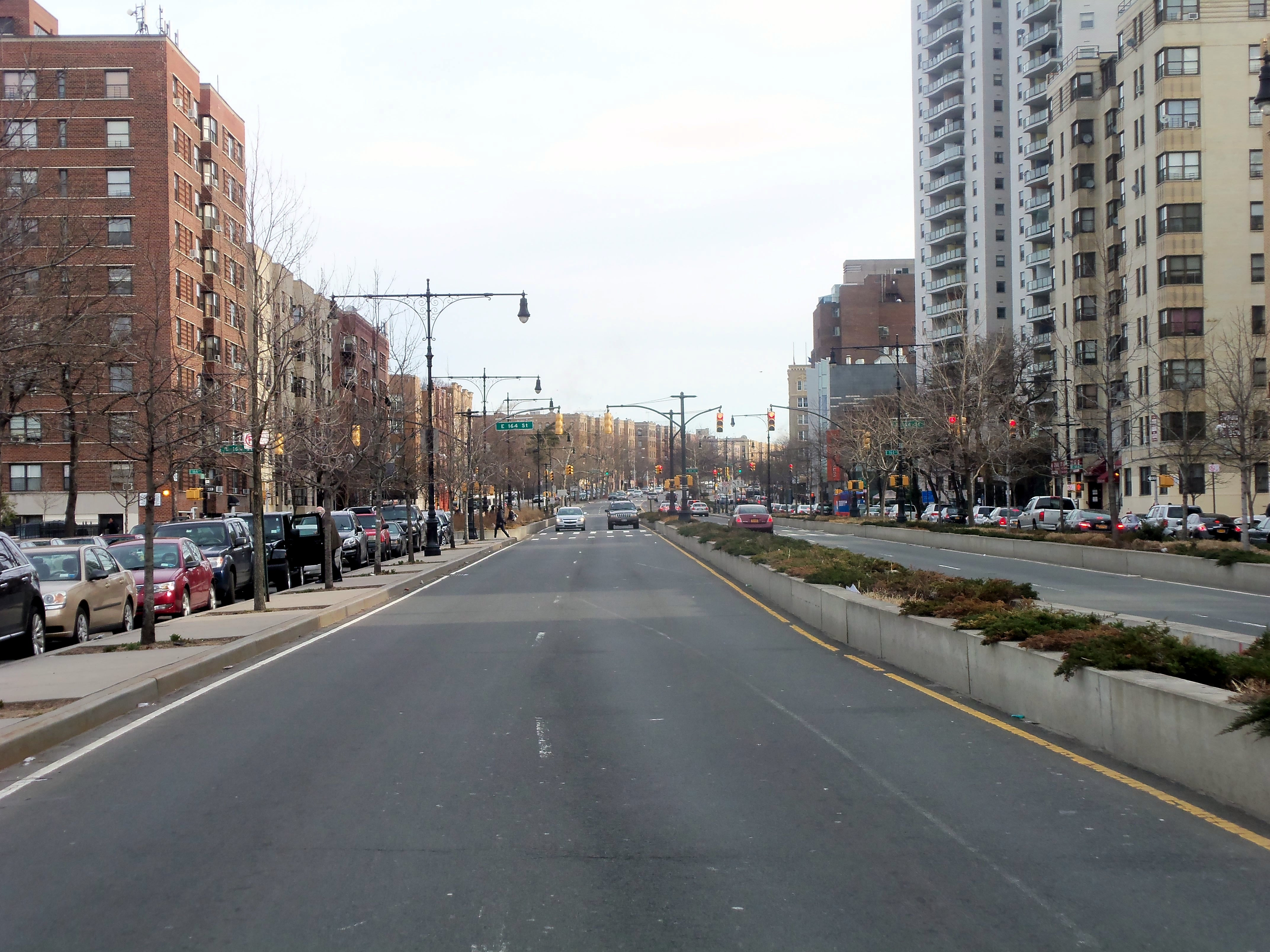 Grand Concourse looking north at 163rd