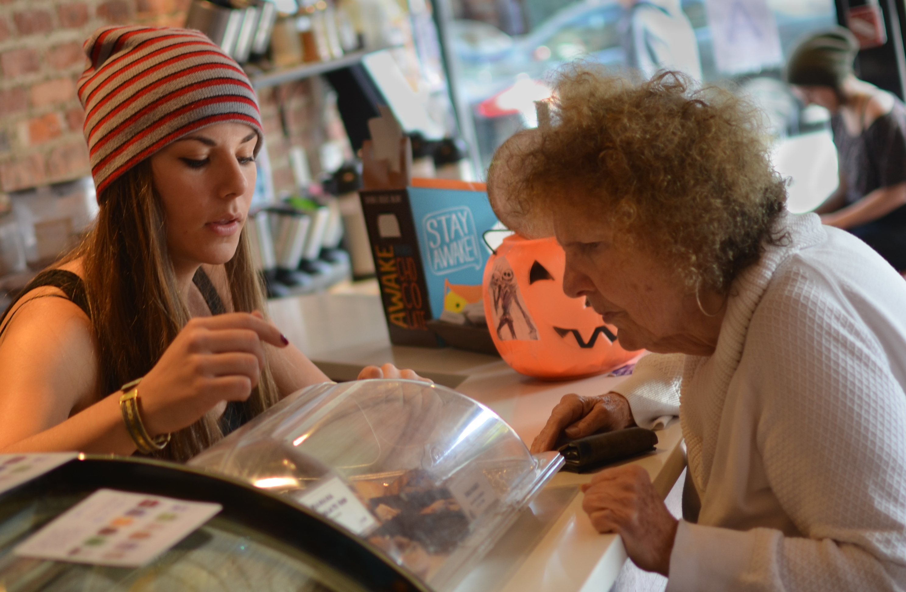 barista and customer in The Bean