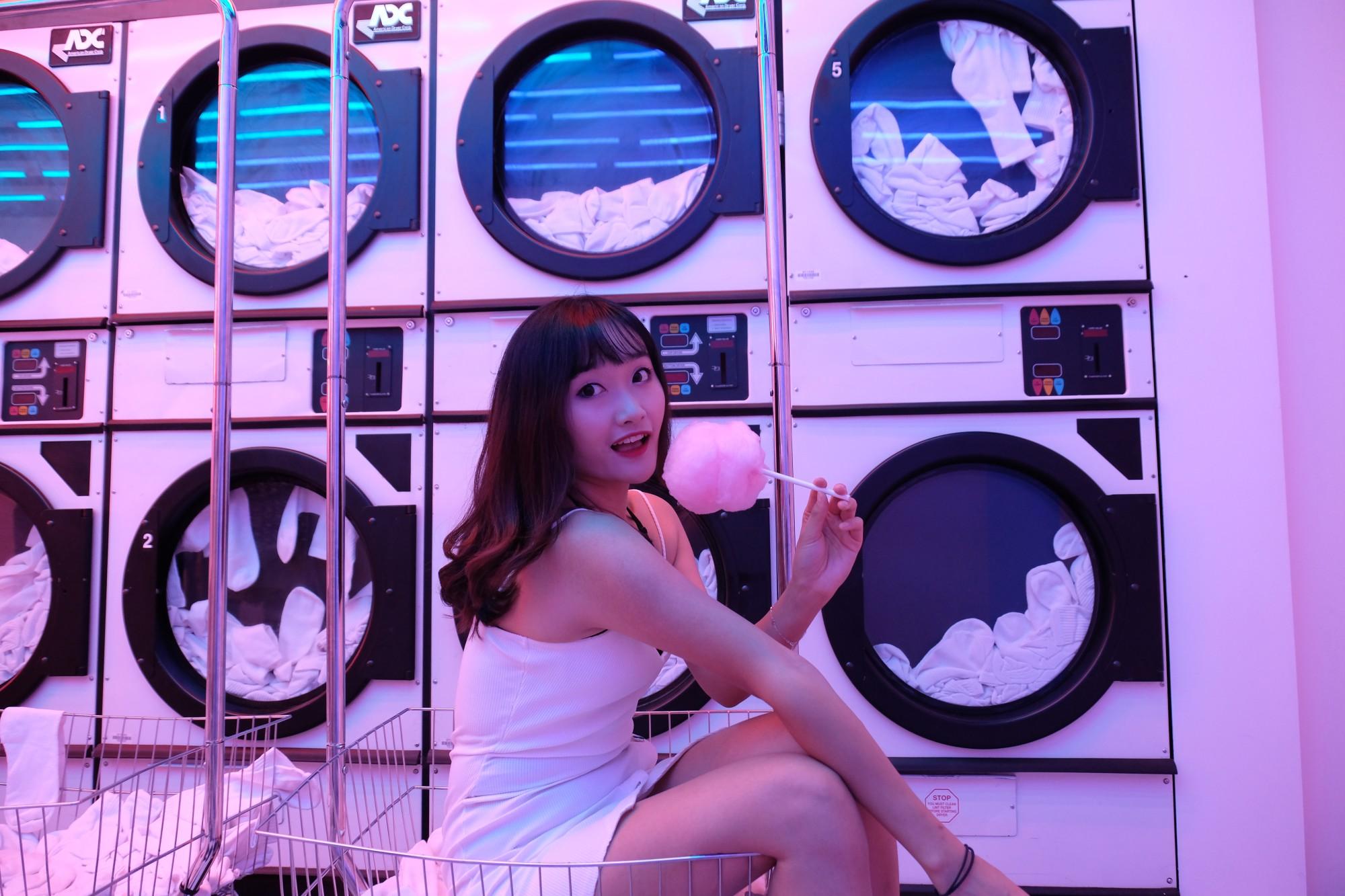 chinese girl at Dream Machine